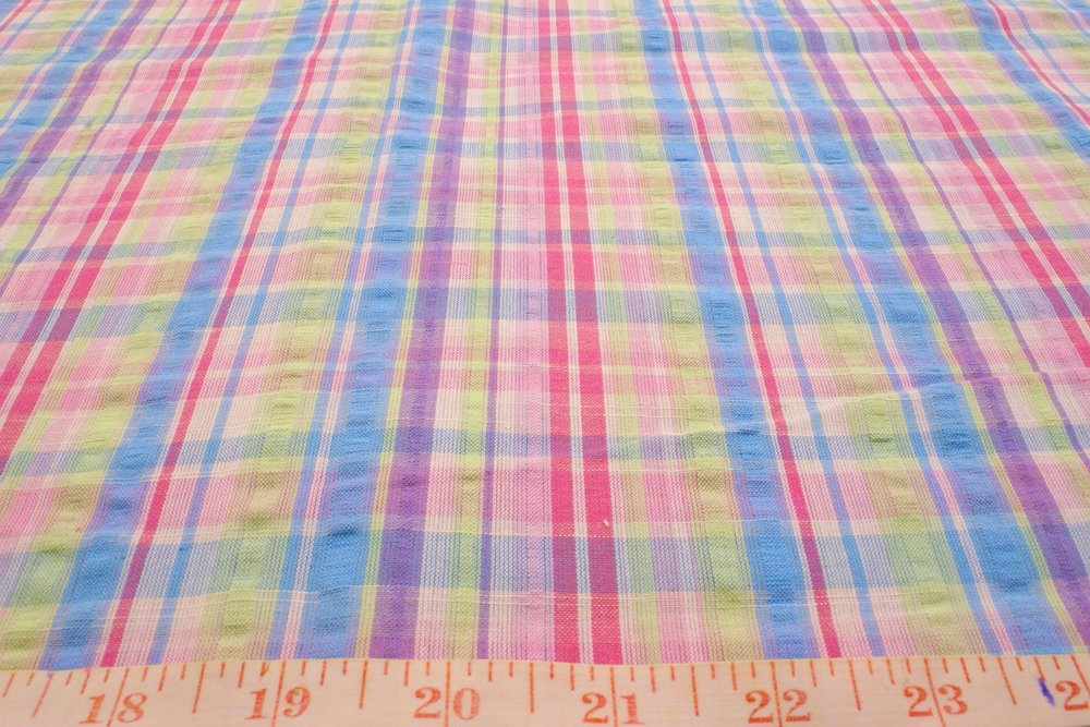 Seersucker Fabric - Cotton seersucker in plaid pattern, used for preppy shirts, preppy children's clothing and beach wear, and summer preppy jackets.